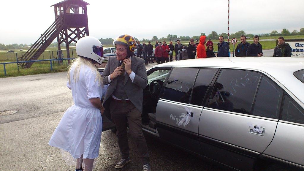 On a testé pour vous le mariage en limousine !