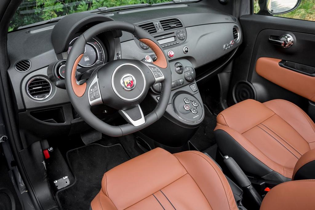 Abarth 595 Competizione Cabrio