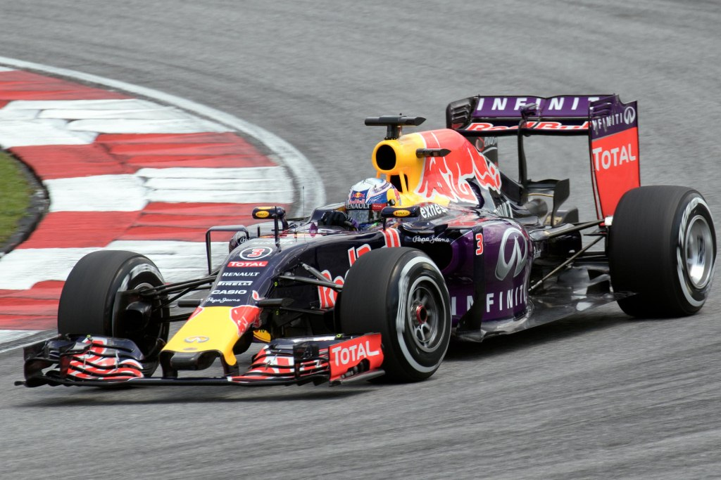 2015 f1 rb11 autoblog - photo #26