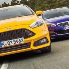 Comparatif Ford Focus ST SW vs Peugeot 308 GT SW : Crise de la quarantaine…