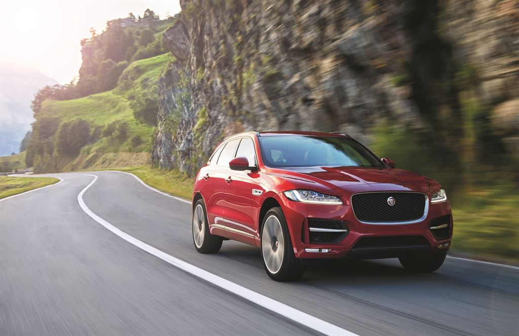 jag_fpace_rsport_location_image_140915_05_-116324-_LowRes