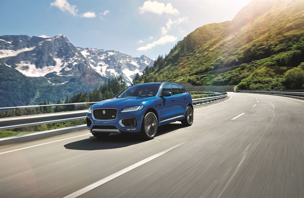 jaguar_fpace_le_s_location-07_LowRes