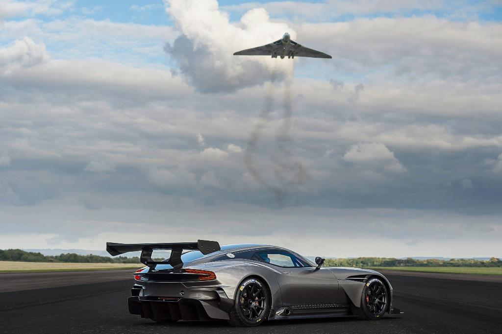 Aston Martin Vulcan & Avro Vulcan