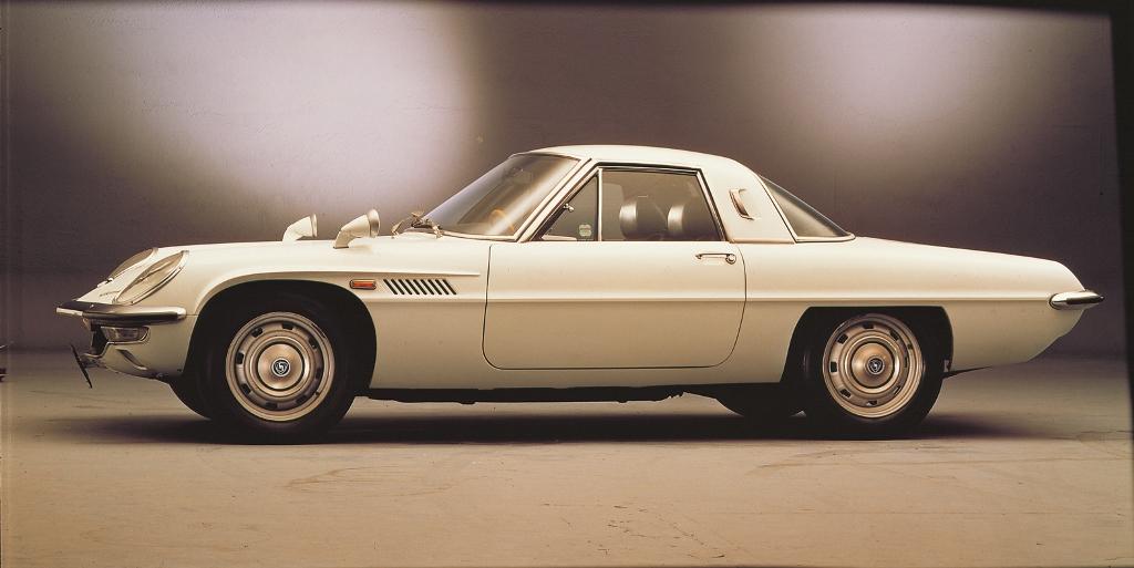 Mazda Cosmo 110S 1968