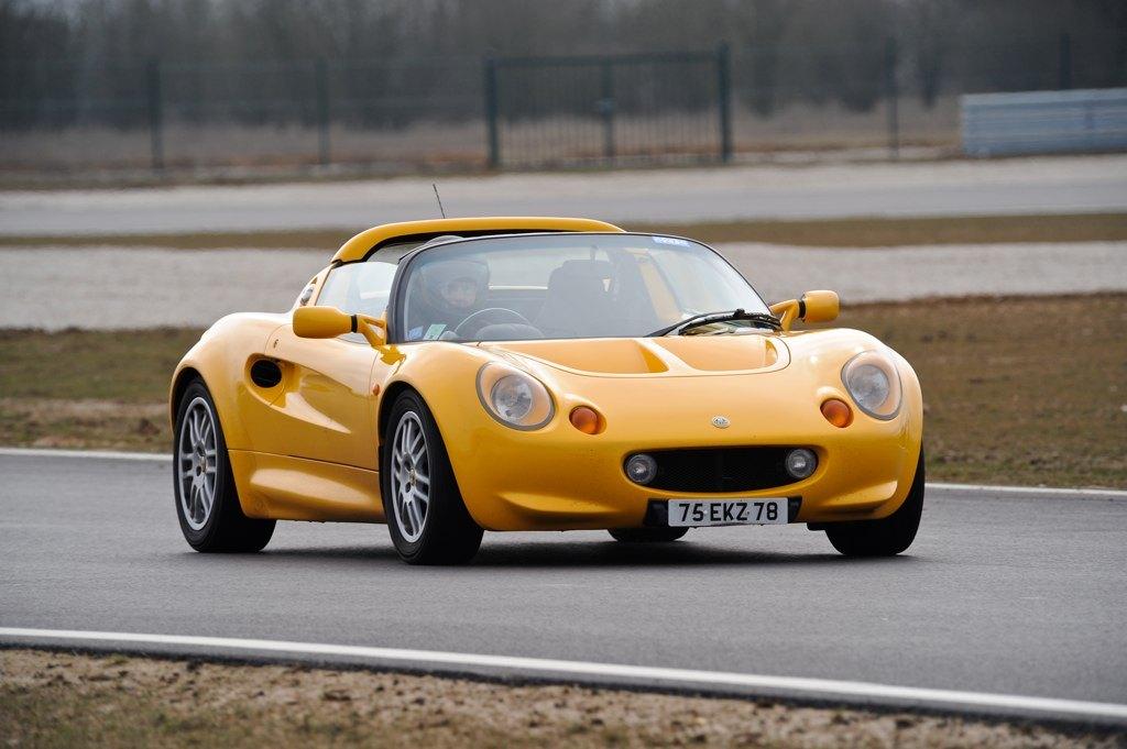 Lotus Élise S1