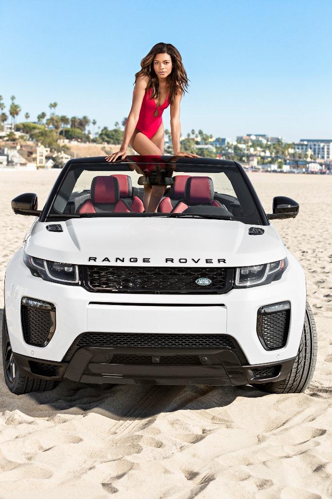 Naomie Harris et le Range Rover Evoque Cabriolet