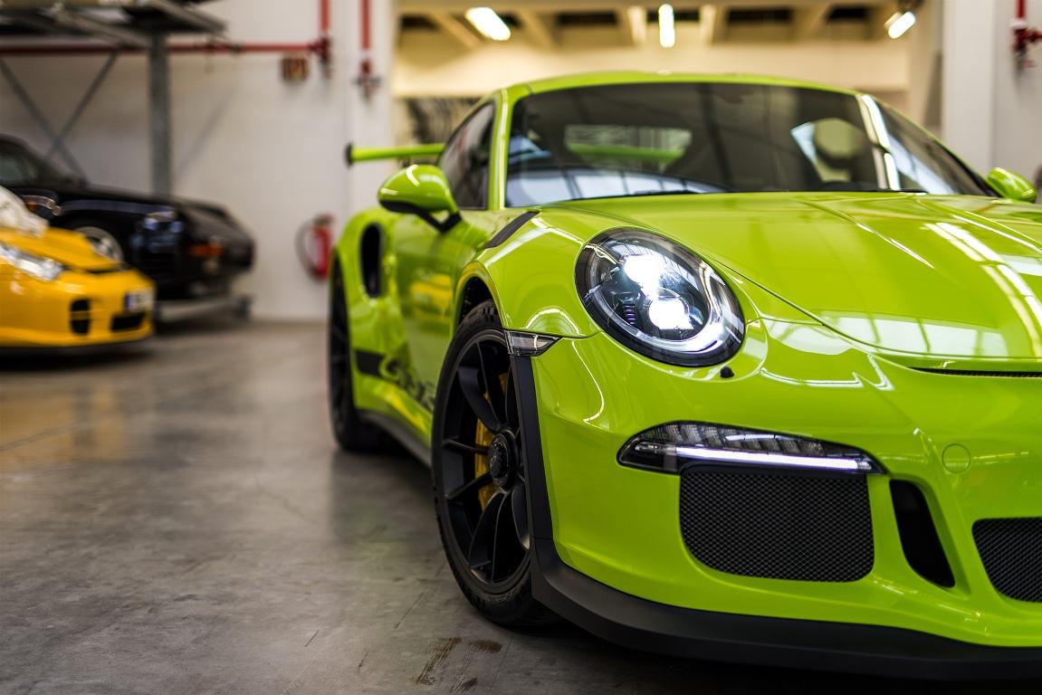 Porsche 911 GT3 RS Birch Green