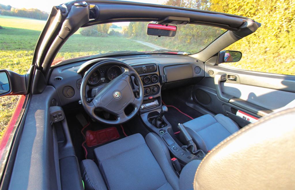 Alfa Romeo Spider 2.0L Twinspark 1995