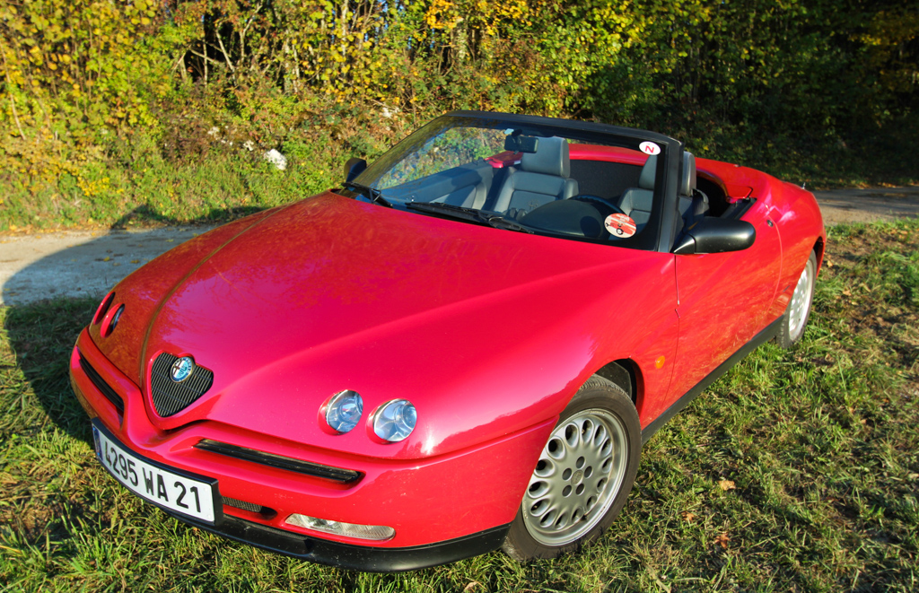 essai classic alfa romeo spider 2 0l twinspark 1995. Black Bedroom Furniture Sets. Home Design Ideas