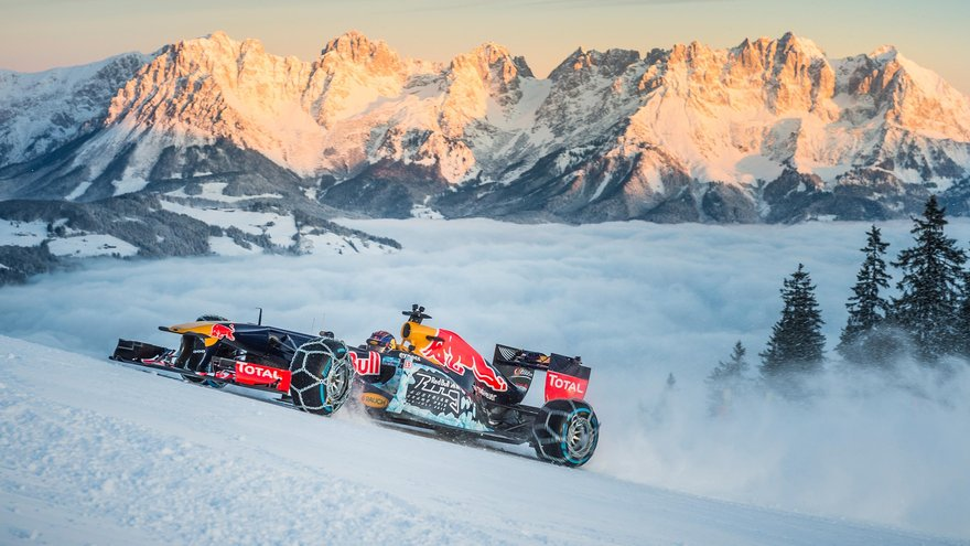 Red Bull F1 - Snow Run