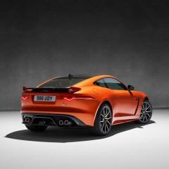 Jaguar F-Type SVR : 25 ch de plus et 25 kg de moins…