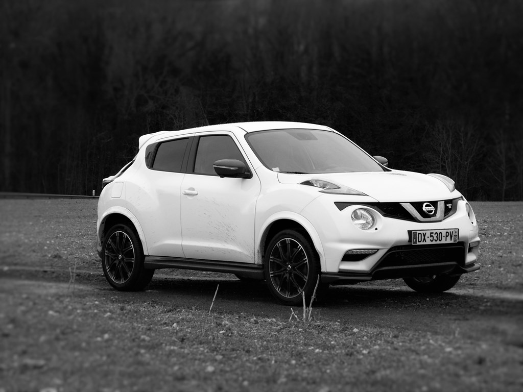essai nissan juke nismo rs un point de vue diff rent. Black Bedroom Furniture Sets. Home Design Ideas