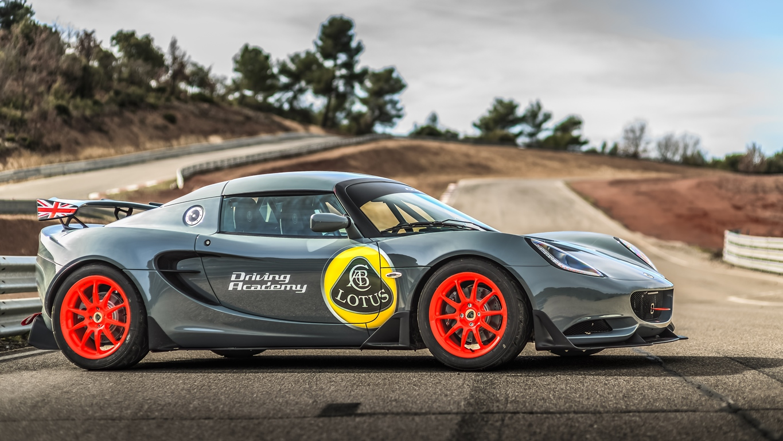 Lotus Driving Academy circuit Grand Sambuc - Nicolas Delpierre