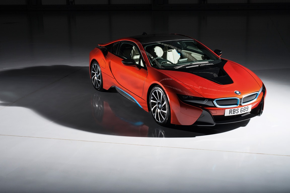 P90220161_highRes_bmw-i8-individual-so