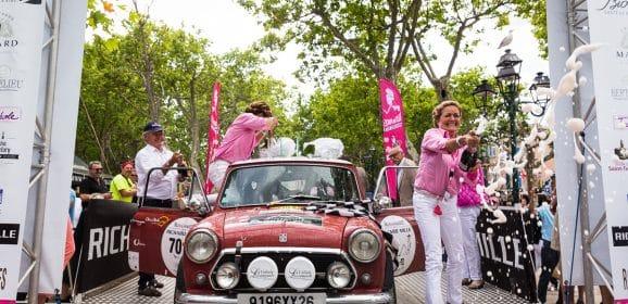Rallye des Princesses 2016 : 5ème étape Pont Royal-St Tropez 'La place des Lices était rose'
