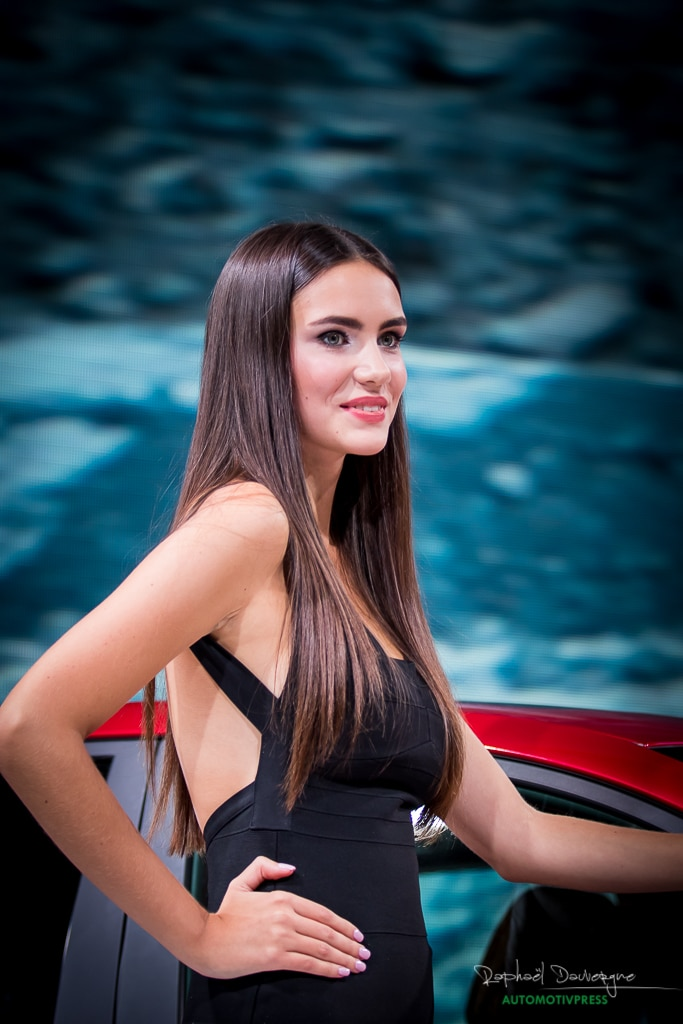 Mondial de l'Automobile Paris 2016 - les hôtesses