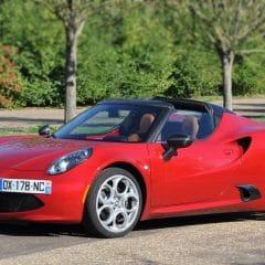 Essai Alfa Romeo 4C Spider : La bonne direction ?