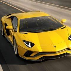 Lamborghini Aventador S : Quatre roues directrices pour 740 ch