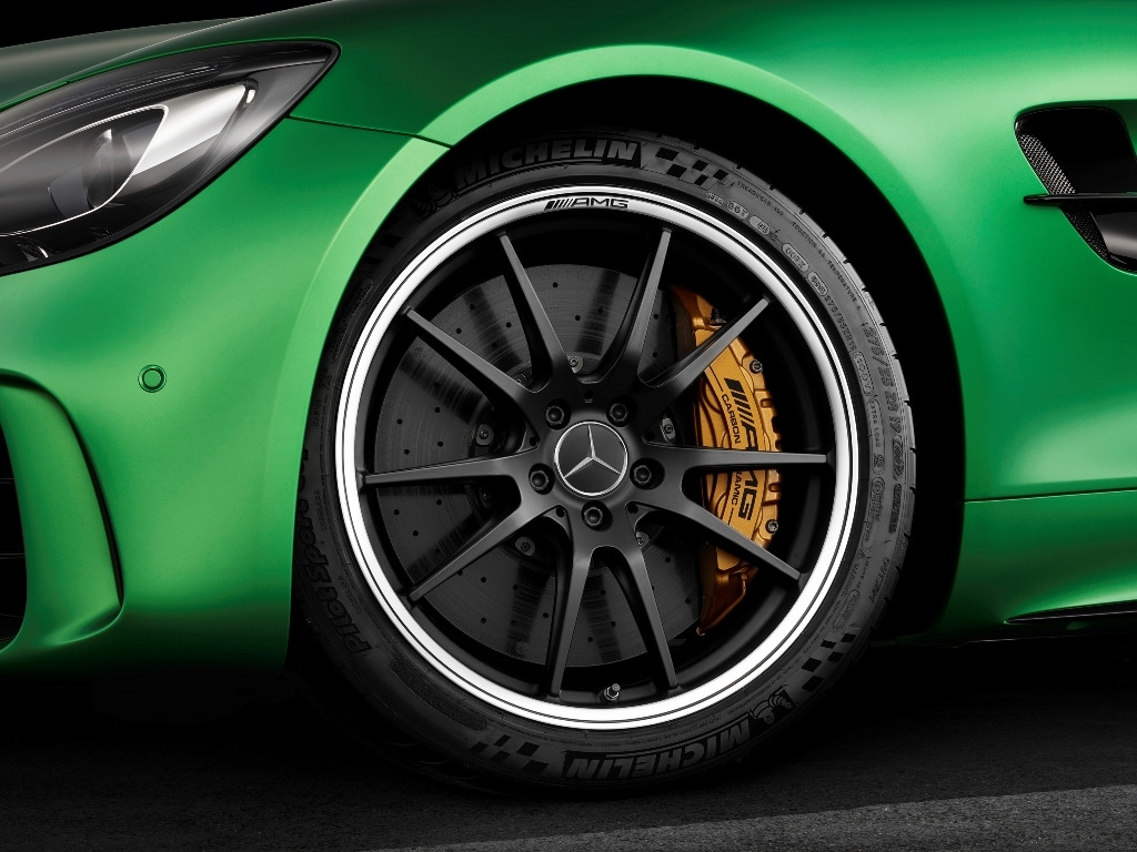 Mercedes AMG GT-R - Michelin Pilot Sport Cup 2