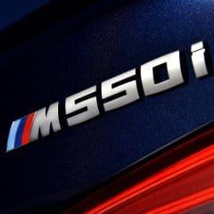 BMW M550i xDrive : La M5 de l'Avent…