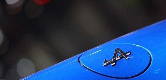 Alpine présente son réseau de distribution : Le point face à la concurrence