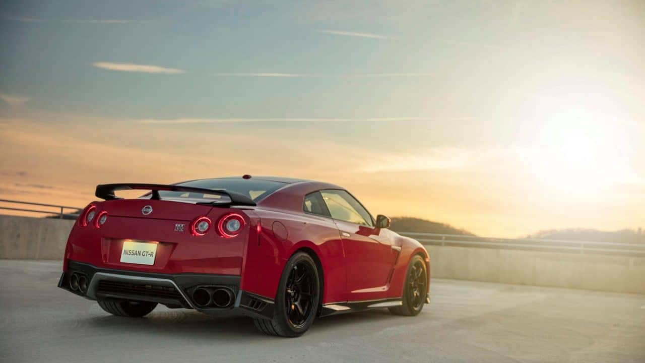 2017-nissan-gt-r-track-edition-4
