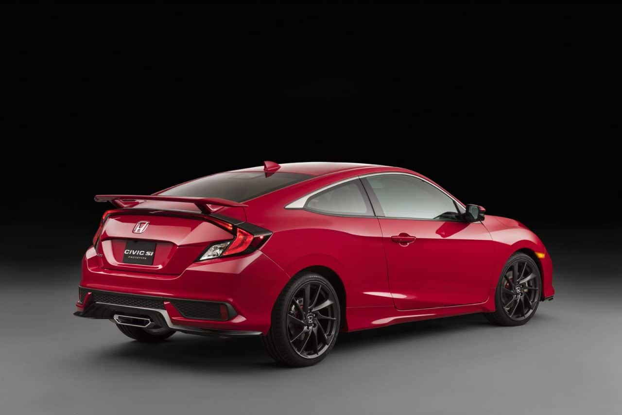 2017-Honda-Civic-Si-Prototype-07