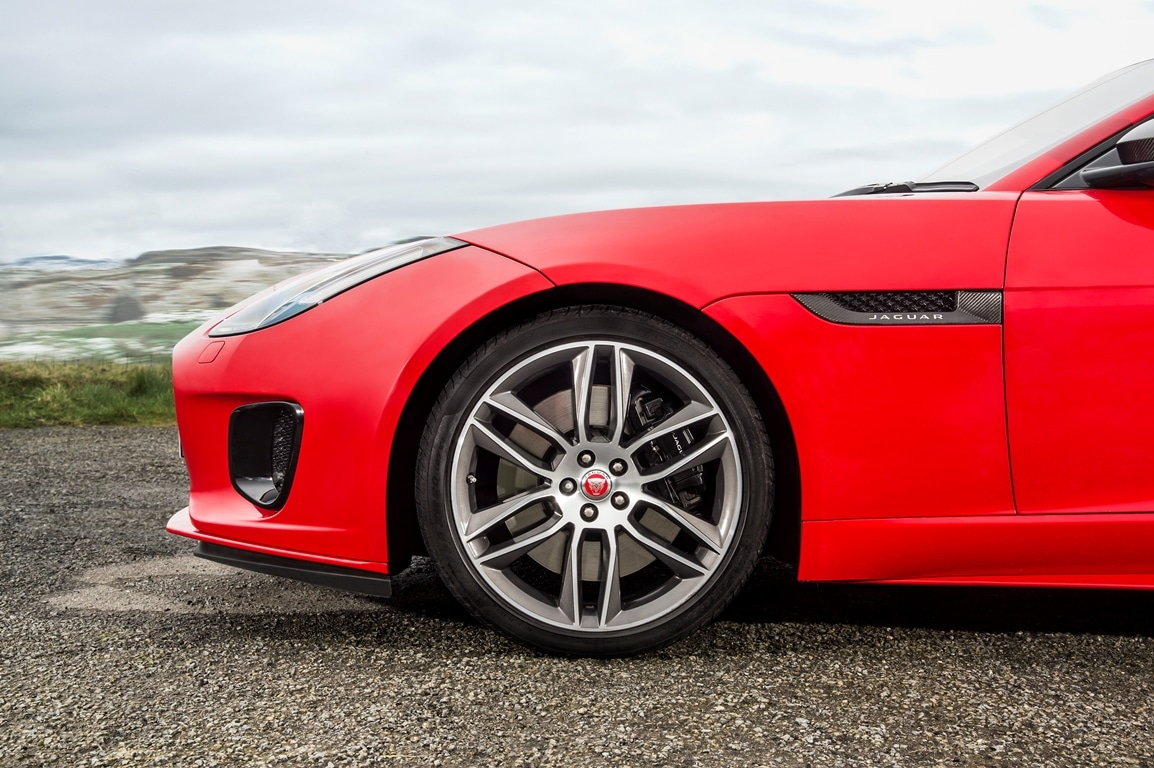 Jaguar F-Type 2.0L turbo