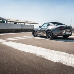 Un long tour en Mazda MX-5 RF !