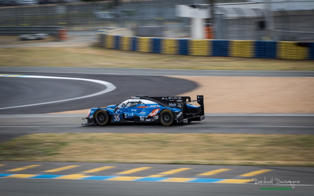 24 heures du mans 2017 journ e test alpine leader en lmp2 automotiv press. Black Bedroom Furniture Sets. Home Design Ideas