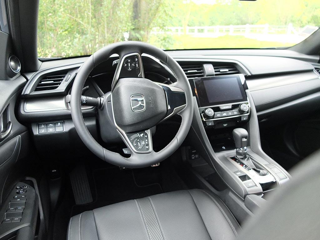 Honda Civic 10ème Génération - Raphaëlle Baut (Miss280ch)