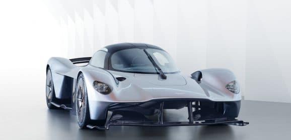 Aston Martin Valkyrie : Sous forme de quasi-production