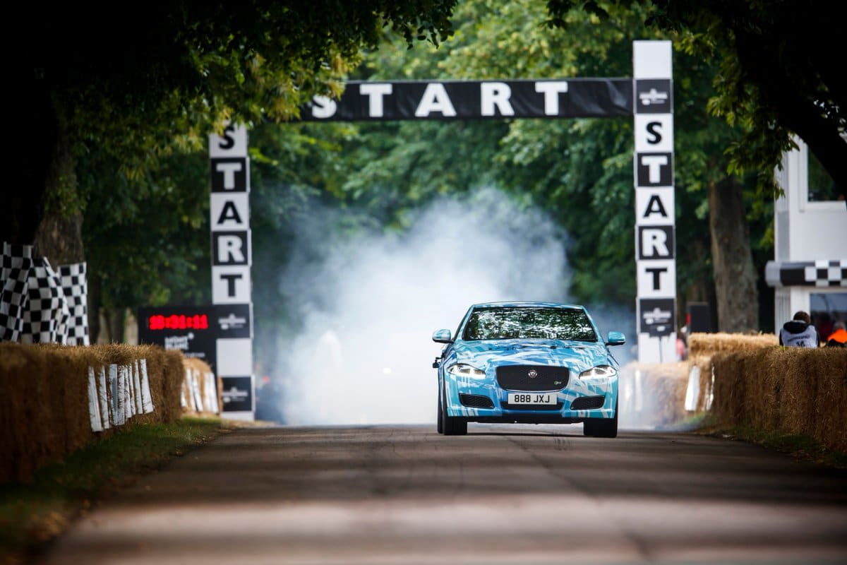 Jaguar-XJR-575-FOS Goodwood 2017-1