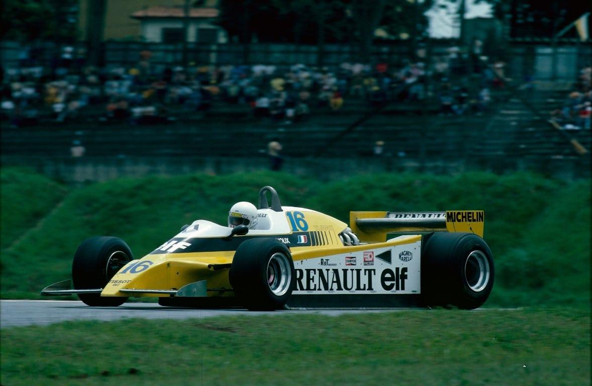 Renault_93828_global_fr