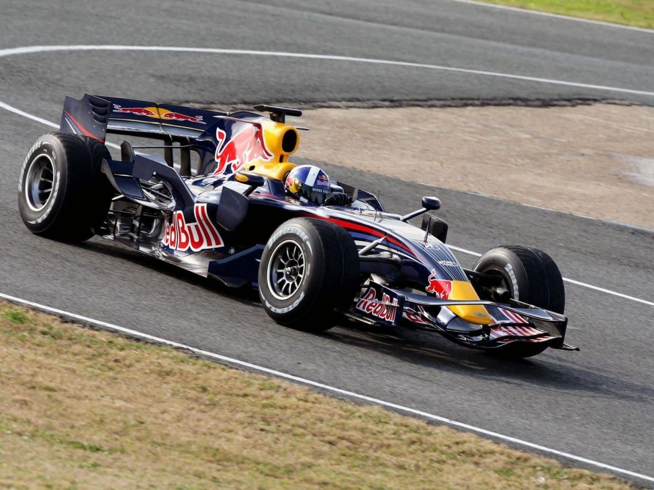 red bull renault rb4 2008 coulthard