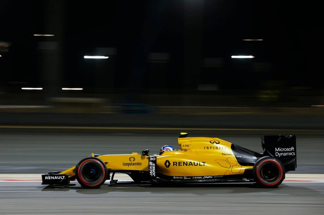 renault-rs16-f1-bahrain