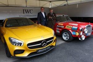 Georges KERN, CEO d'IWC en 2015, aux côtés du coupé AMG GT