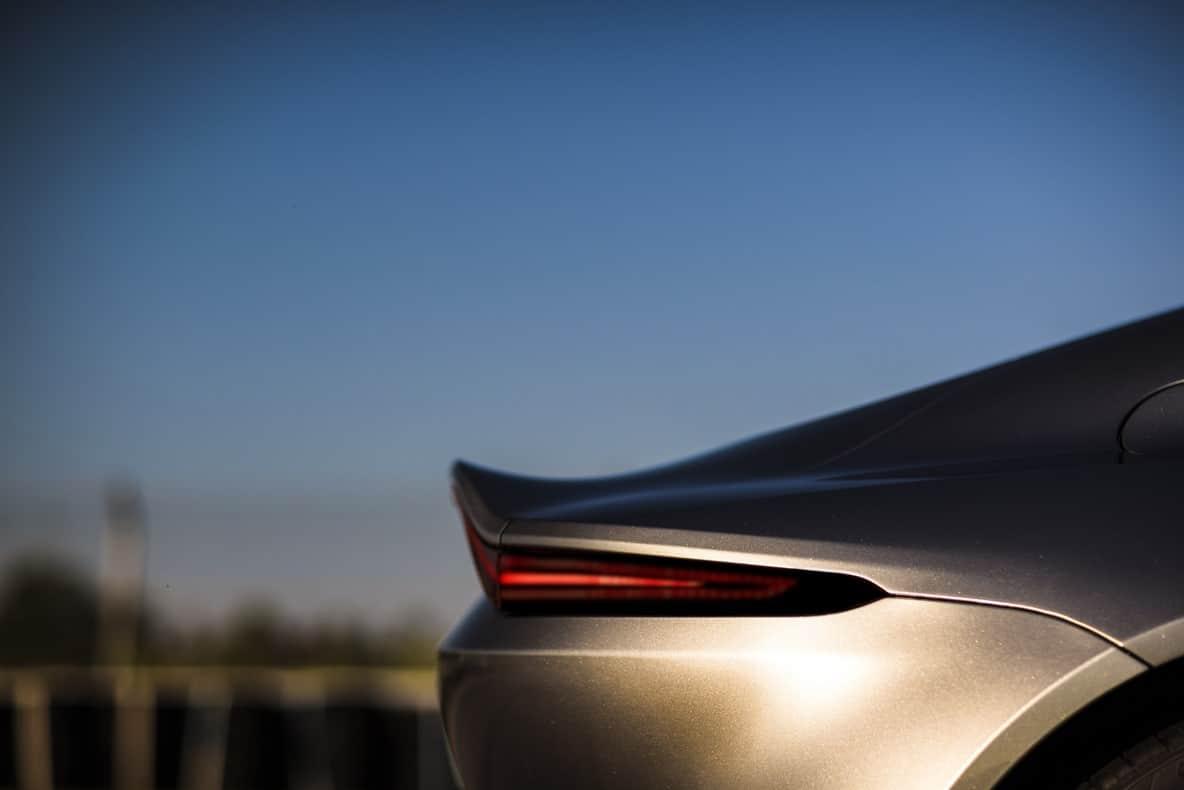 Aston MartinAston Martin Vantage 2018 Vantage 2018