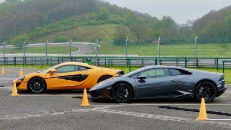 McLaren 540C vs Lamborghini Huracan LP610-4 - Circuit du Laquais