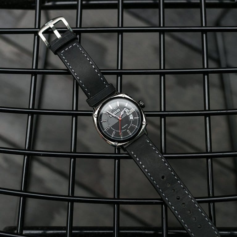 Alpha DMC Watch black