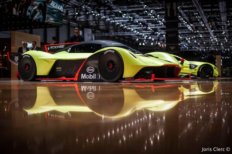 Aston Martin Valkyrie Pro