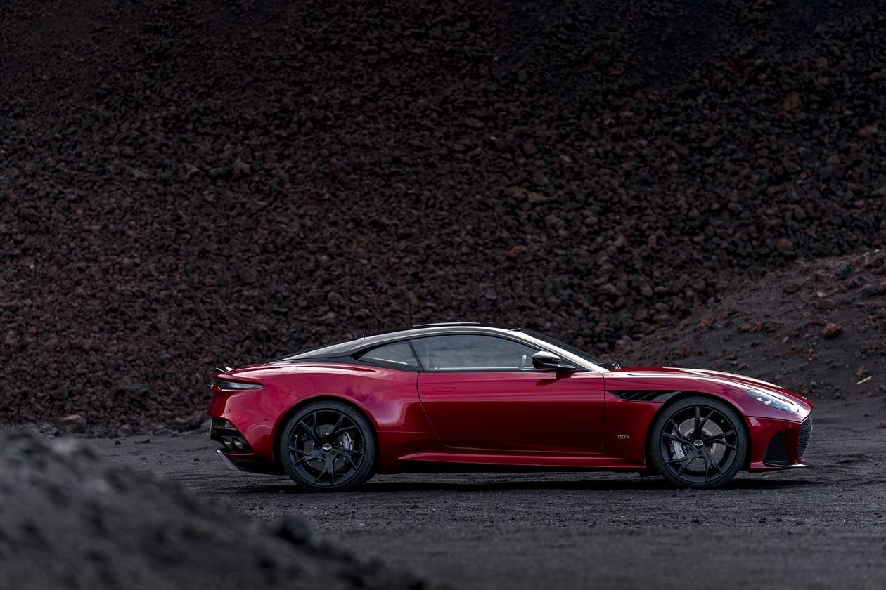 Aston Martin DBS Superleggera 2018