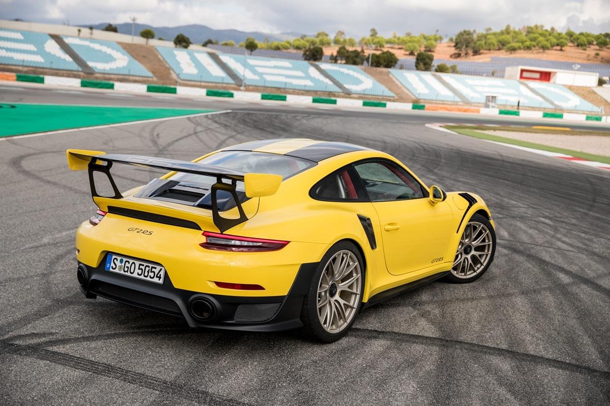 Porsche 911 GT2 RS (type 991)