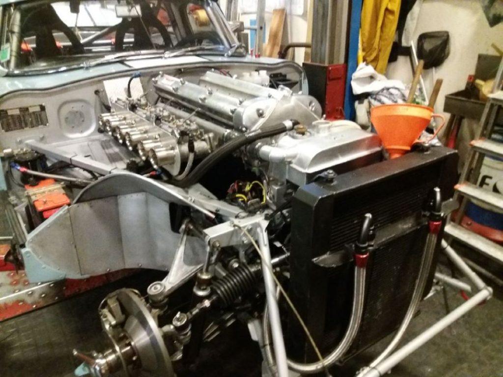 Jaguar Type E moteur en place - JP Lajournade