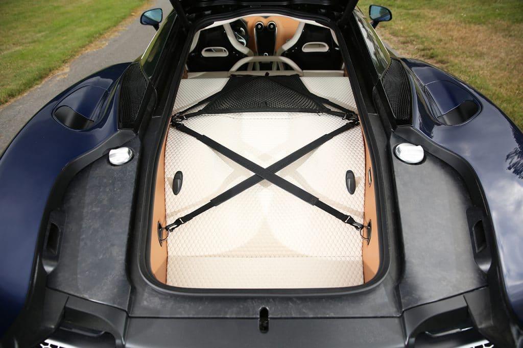 McLaren GT, coffre.