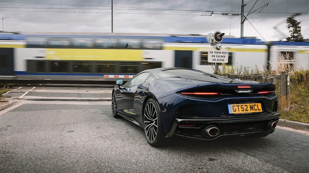 McLaren GT, route.
